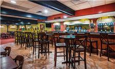 Ramada by Wyndham Ligonier - Ramada by Wyndham Ligonier Onsite Bar