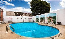 Ramada Ligonier - Outdoor Pool