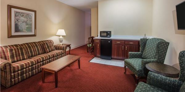 Ramada by Wyndham Ligonier, Pennsylvania Junior Suite